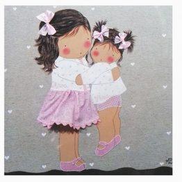 cuadros infantiles con nombre personalizados niñas abrazadas blaucasa