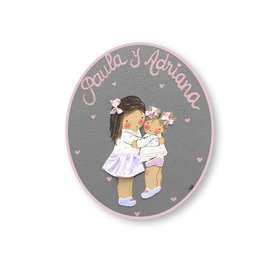 placas para puertas infantiles personalizadas con nombre bebe decorativa artesanal nina nino regalos originales hermanas abrazadas