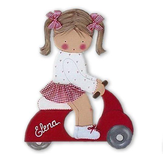 siluetas infantiles de madera personalizadas artesanales para regalos originales niña niño bebe imagenes blaucasal niña vespa rojo