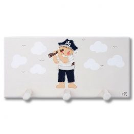 Perchero infantil pared de madera pirata